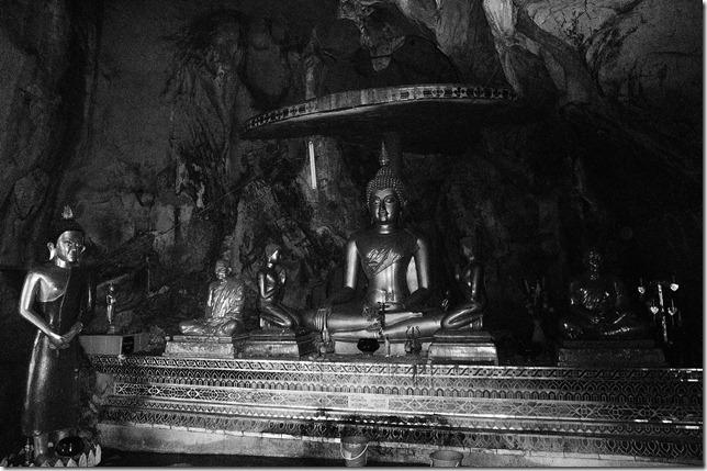 buddhacave4